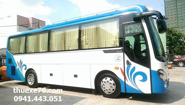 Xe 29 chỗ du lịch Quảng Ngãi đời mới
